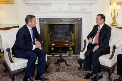 UK Prime Minister, David Cameron, and Huawei founder and CEO, Ren Zhengfei.