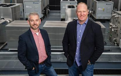 Microsoft's James Kavanagh (L) and Canberra Data Centres CEO, Greg Boorer (R).