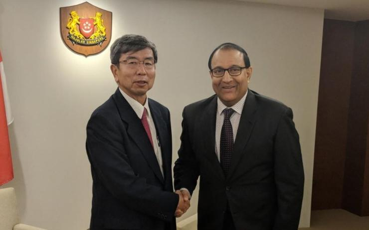 ADB president Takehiko Nakao (left) with Singapore minister for communications and information S. Iswaran (right)