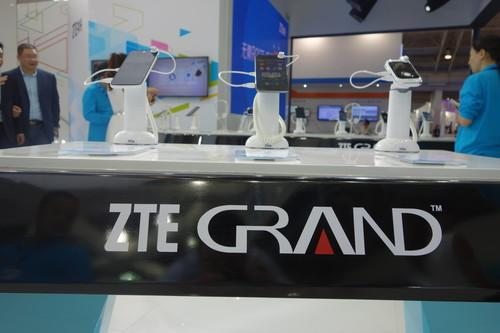 ZTE will begin selling its Grand S and Nubia smartphones in the U.S. in Oct.