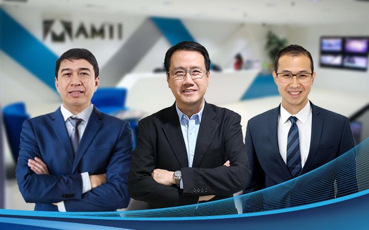 L-R: Josefino 'Bong' Paloma; Allyxon Cua and Stanley Yu (Accent Micro Technologies)