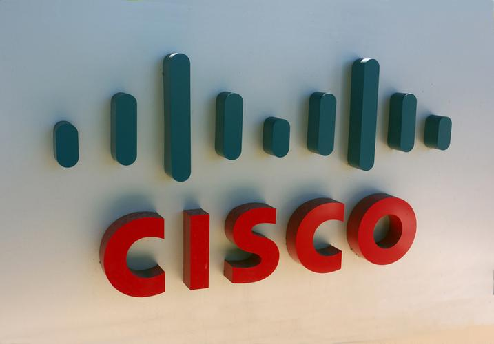 Cisco revenue falls for sixth quarter in a row