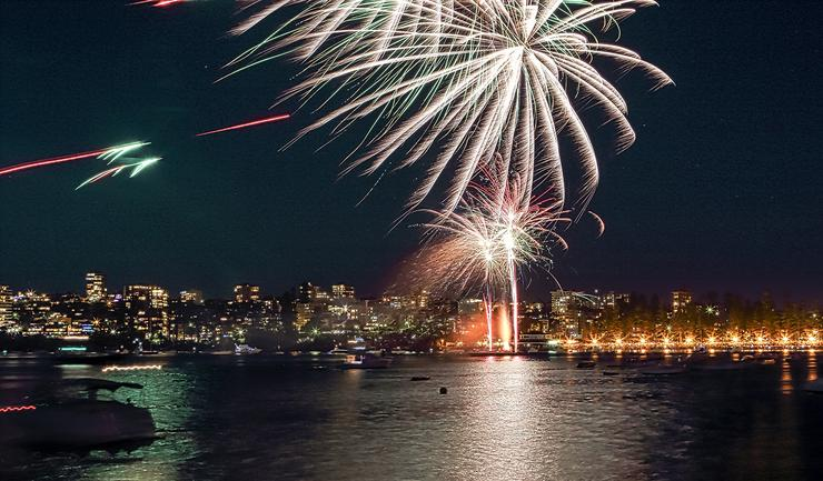Manly fireworks, 9pm New Year's Eve 2015. Photo: Mike Gee
