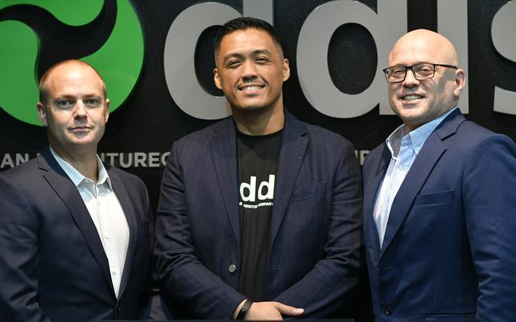 L-R: Jon Lang (DDLS); Mike Calma (DDLS) and Jokin Aboitiz (Aboitiz Impact Ventures)