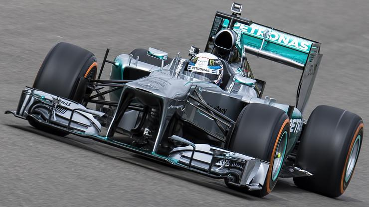 Mercedes F1 team picks Pure Storage for race pace data transfer