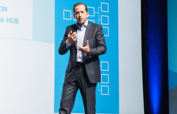 Anaplan CEO Fred Laluyaux presenting at Hub15 in San Francisco