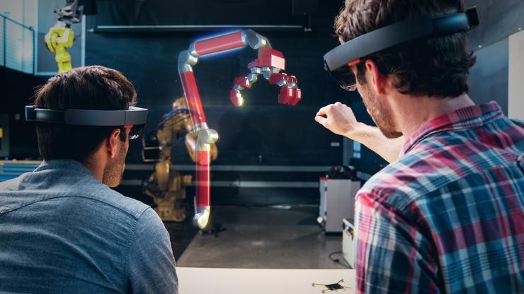 Microsoft HoloLens and Autodesk Fusion 360