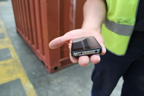 Australian customs seized on Thursday a batch of taser-like devices designed to look like iPhones.