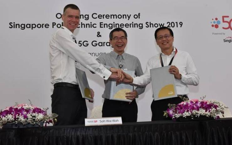 (L-R): Martin Wiktorin (president and country manager for Singapore, Brunei & Philippines, Ericsson); Soh Wai Wah (principal and CEO, Singapore Polytechnic) and Mark Chong (CTO, Singtel)