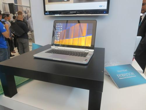 Intel laptop charging wirelessly