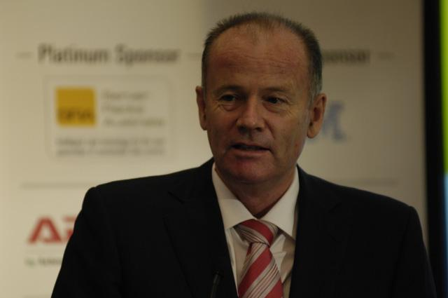 Minister for Finance and Deregulation, Lindsay Tanner, at the CeBIT Future-Proofing Your Data Centre conference in Sydney