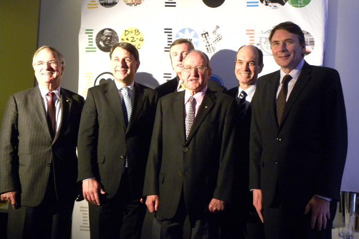 IBM Australia leaders (LtoR): Bob Savage, Andrew Stevens, Glen Boreham, Brian Finn, Phil Bullock and David Thodey