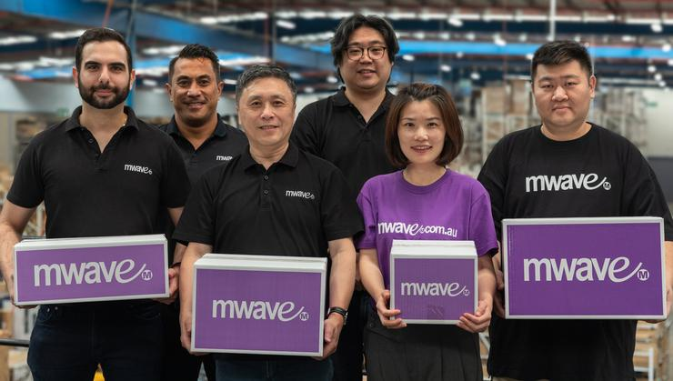 Victor Lee (centre front) and his Mwave team