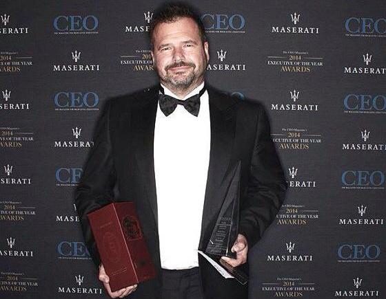 Distribution Central's Scott Frew with his latest award