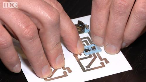 Printing a circuit board on your home inkjet printer and creating basic electronics is what Microsoft Research hopes will be the future for hobbyists and makers.