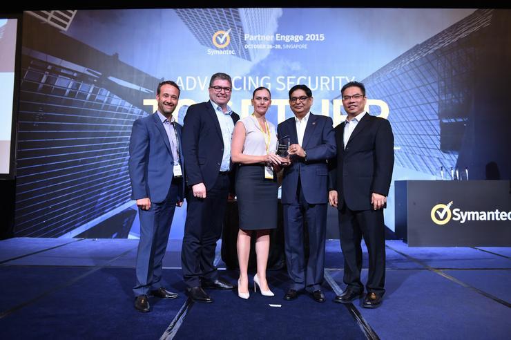 Richard Watson, Symantec; Ian McAdam, Symantec, Nikala Haber, Intalock Technologies; Sanjay Rohatgi, Symantec; Edwin Yeo, Symantec