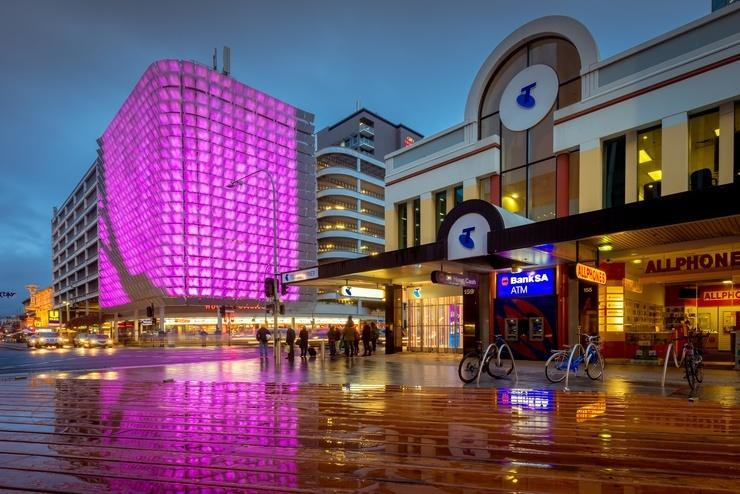 Vita Group swaps $13M Telstra connection cash for more retail stores