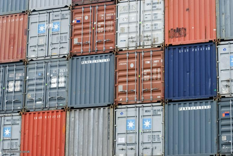 AWS pitches new pricing options for container-based software