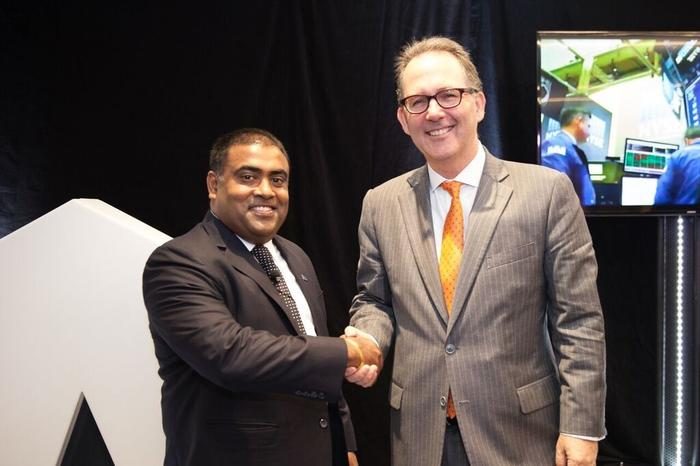 Seelan Nayagam - DXC Technology vice president and general manager for the A/NZ region, and Alister Henskens - New South Wales parliamentary secretary for finance, services and property.